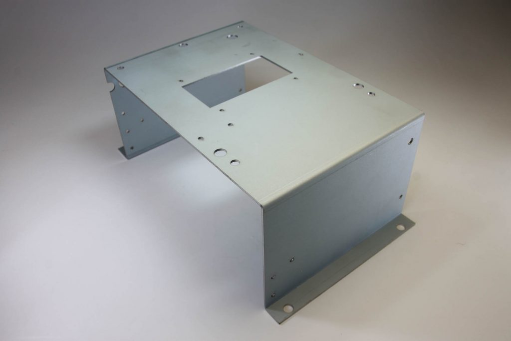 SECC 板厚1.6㎜ サイズ 240×140×100